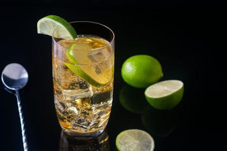 easy drinks to order at a club