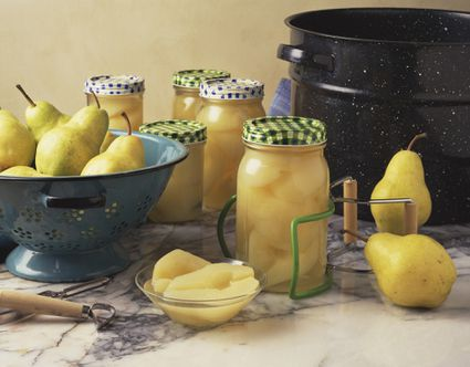 Ingredients and equipment for canning pears