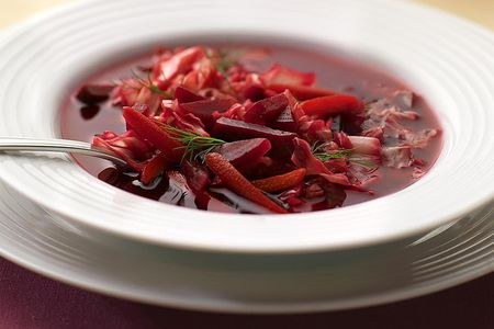Russian beetroot soup borshch recipe beet and cabbage borscht in bowl forumfinder Gallery