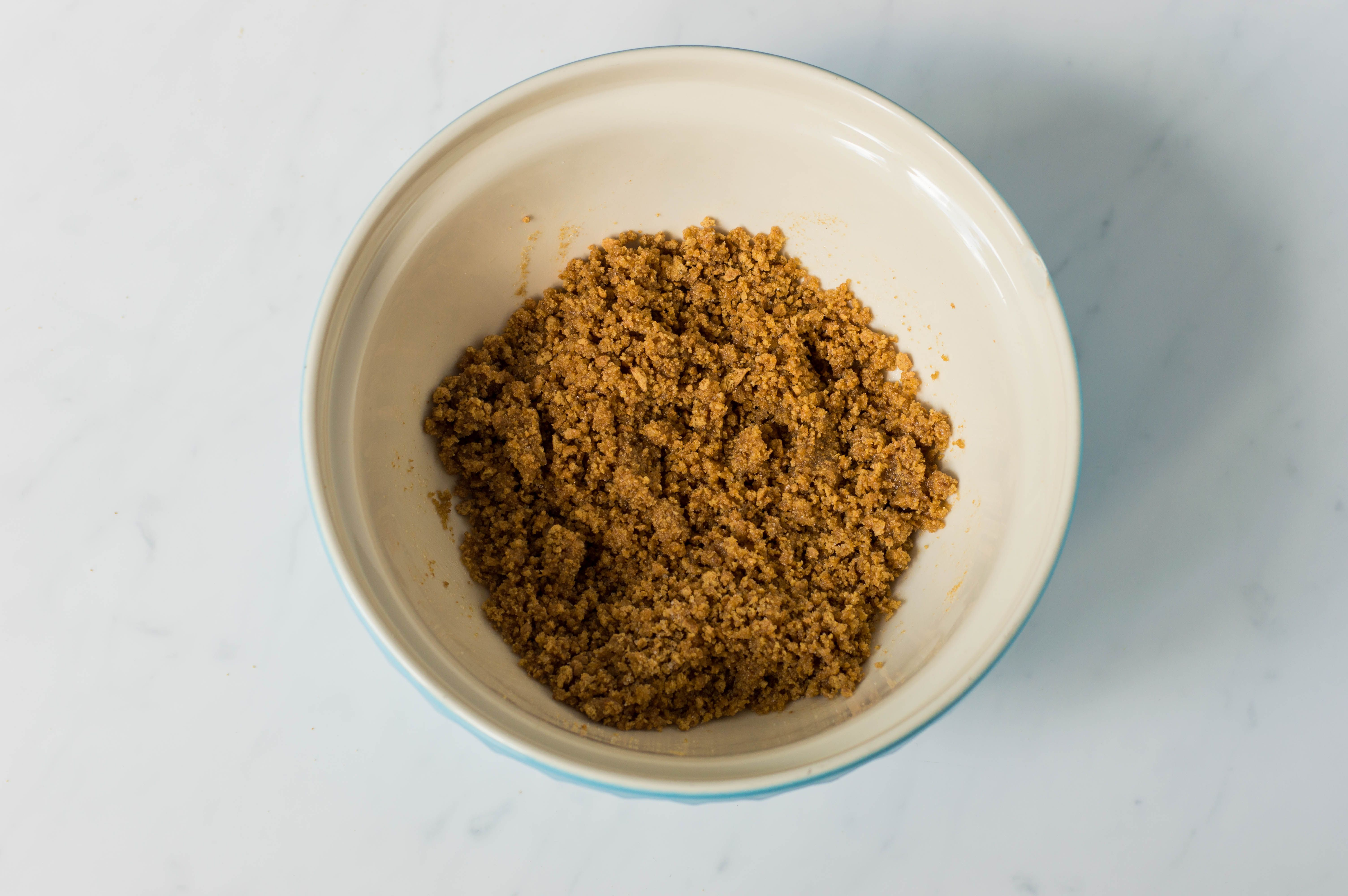 crushed graham cracker