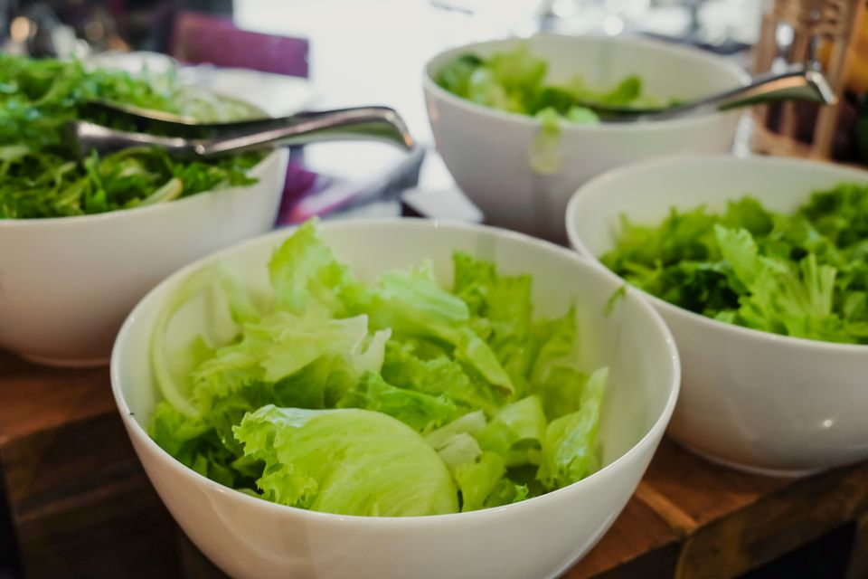 Thai green salad with romaine lettuce