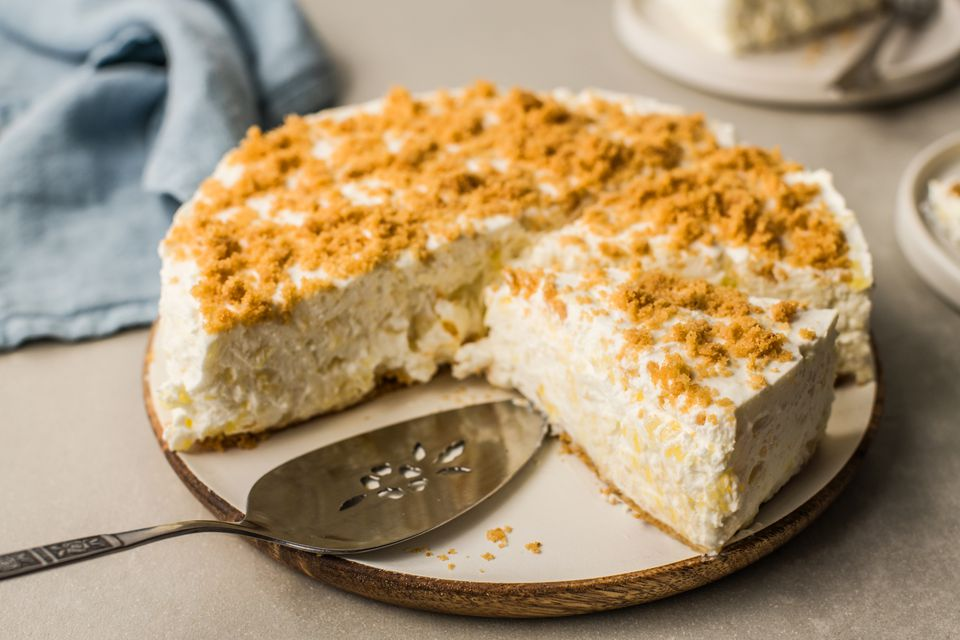 Easy pineapple cheesecake on plate