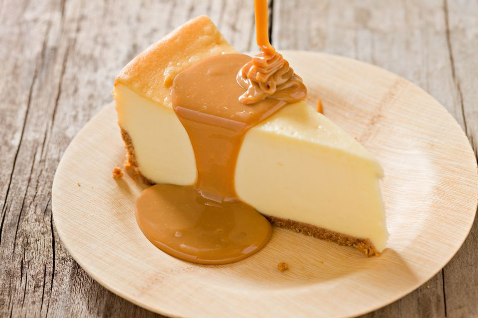 dulce de leche drizzled over cheesecake