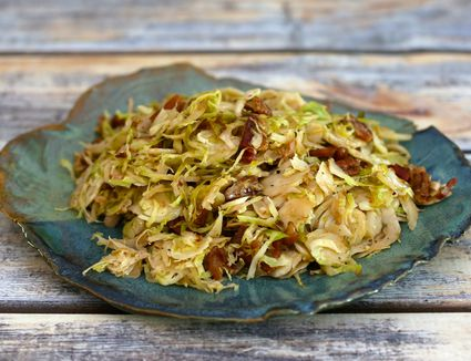 Brussels sprouts with bacon and onion