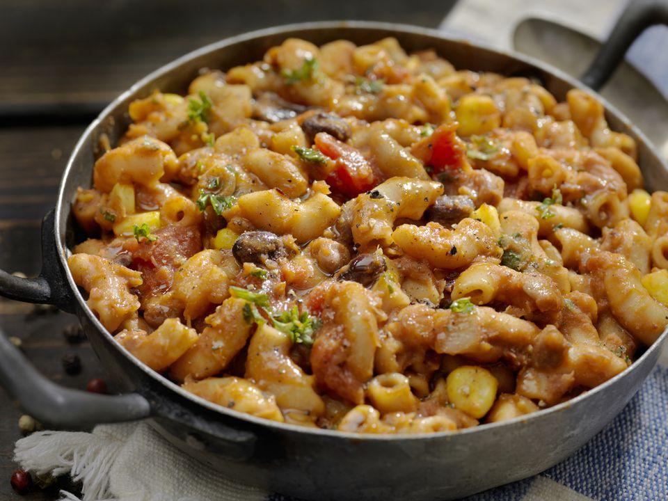 Vegetarian chili macaroni