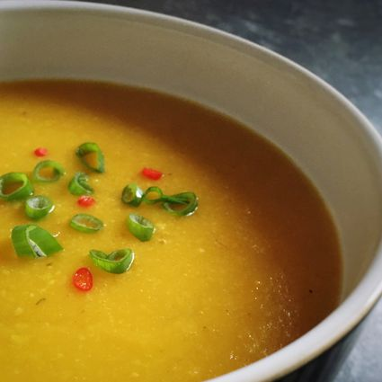 Close-up Of Split Pea Soup Served In Bowl On Table
