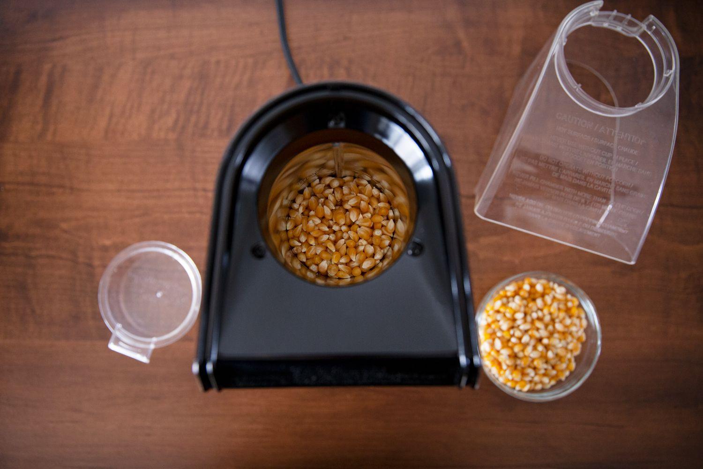 cuisinart-easypop-popcorn-maker-kernels