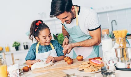 father-daughter-cooking-kitchen