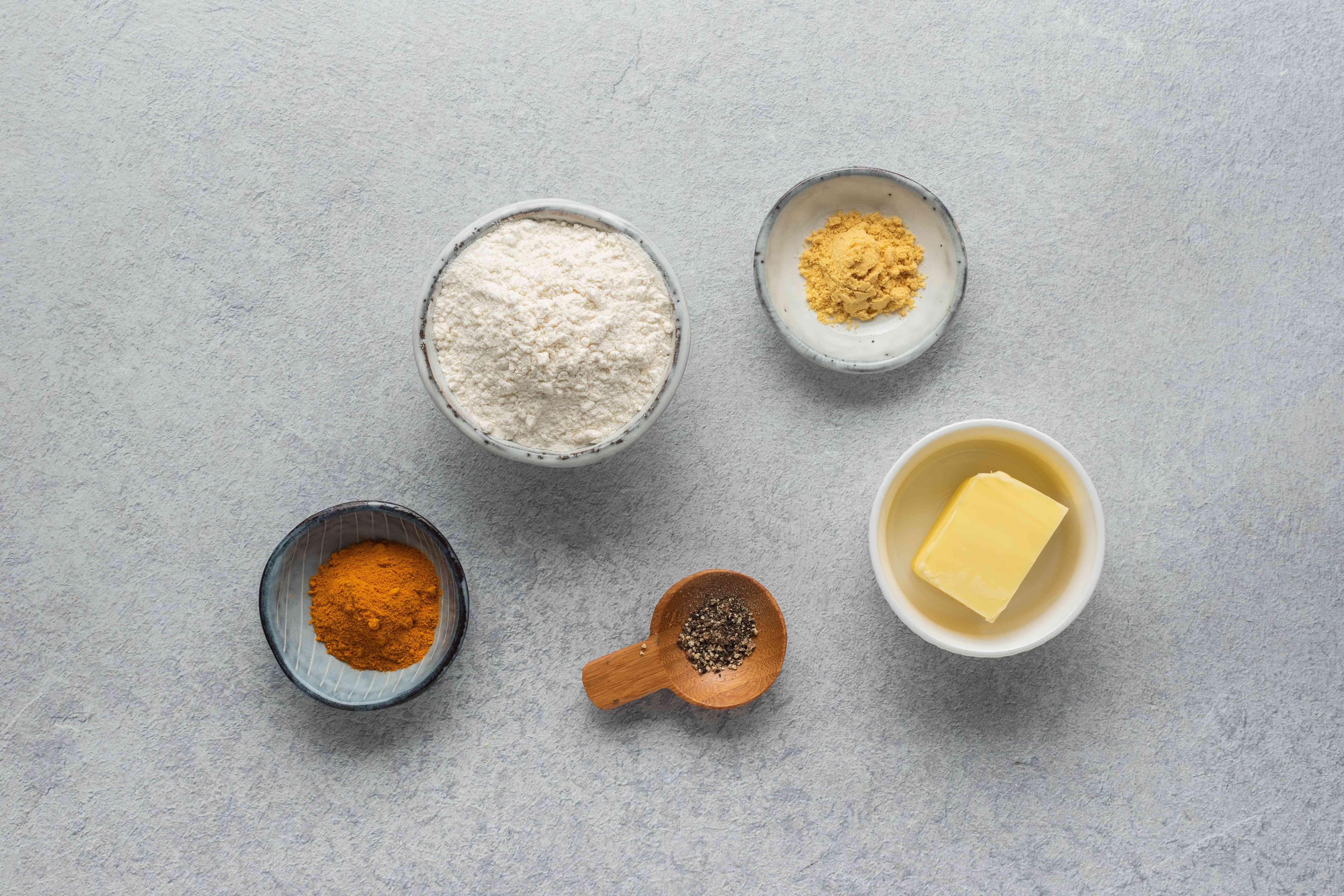 Ingredients to pickle vegetables