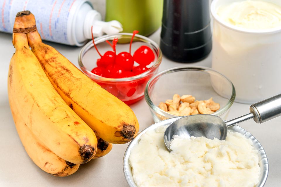 ingredients for banana split