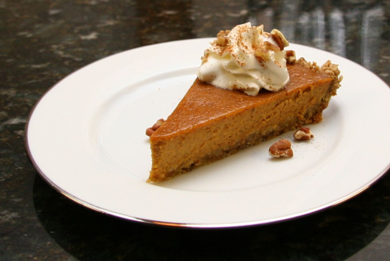 Pumpkin Pie With Spiced Oat Crust