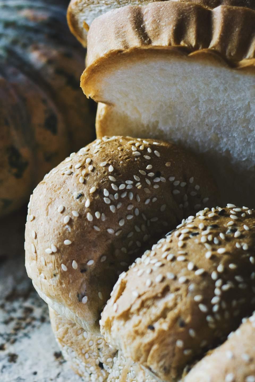 sesame egg bread