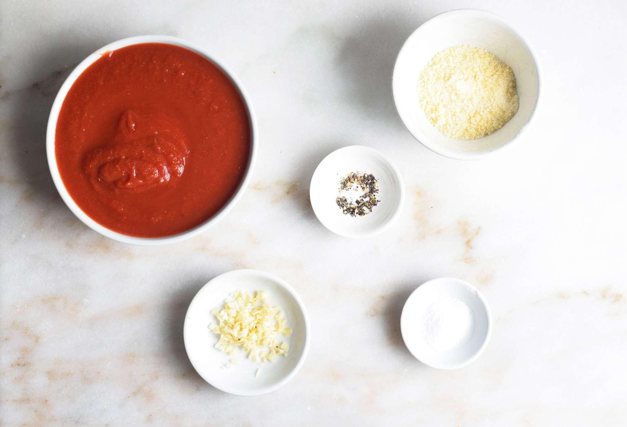 ingredients for marinara sauce
