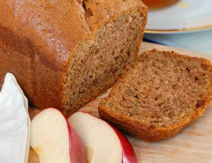 Applesauce honey cake