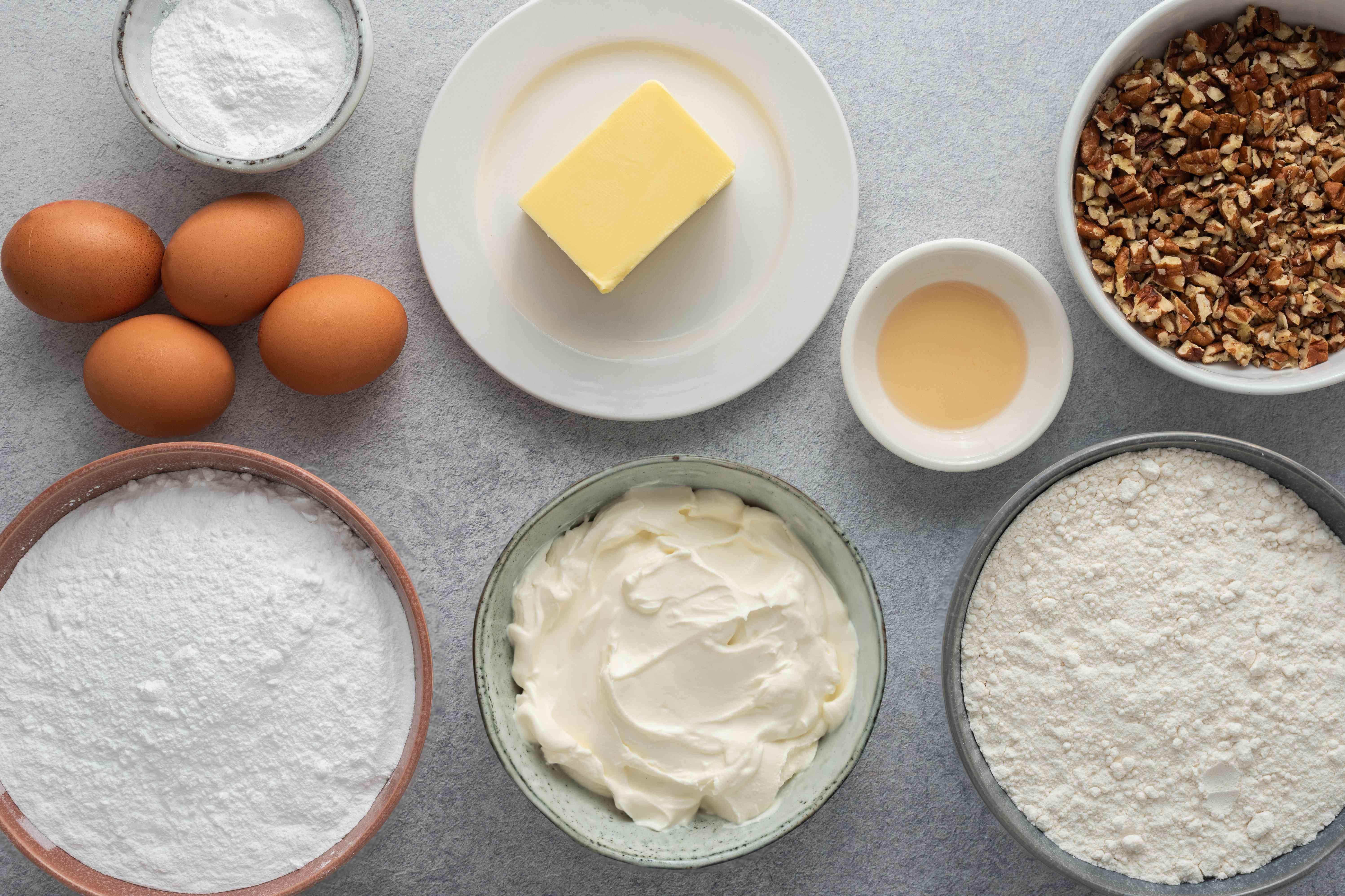 Ooey Gooey Butter Cake ingredients