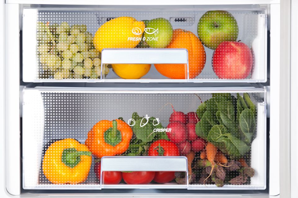 Fruits and vegetables in the crisper drawers