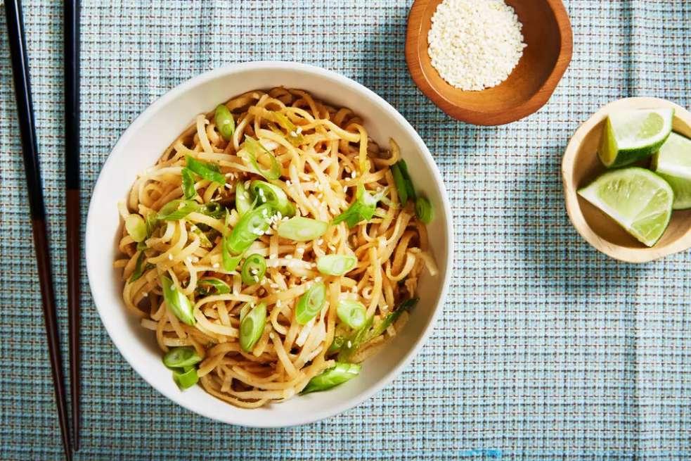 Vegan Chinese Peanut Noodles