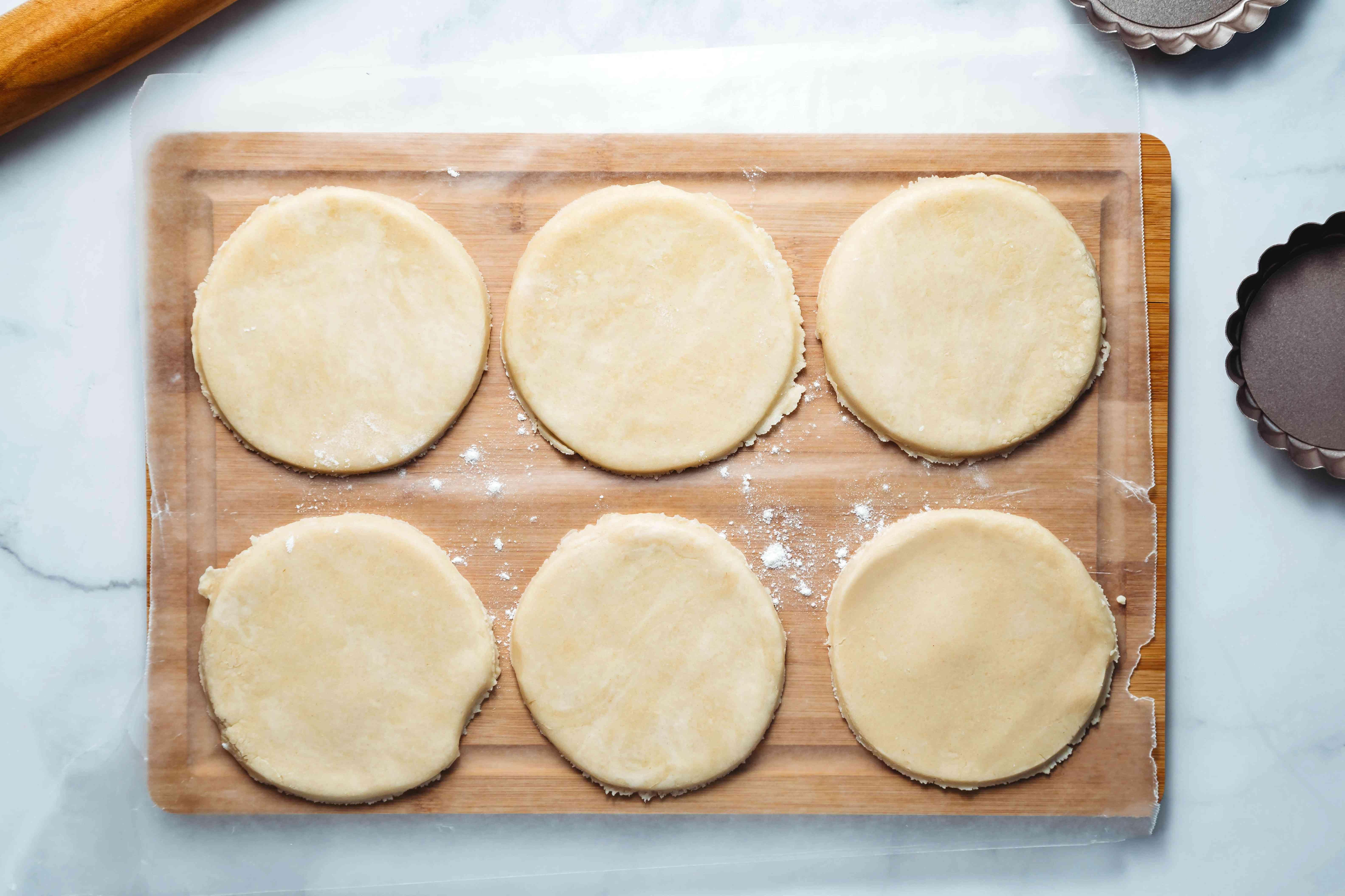 tart dough circles