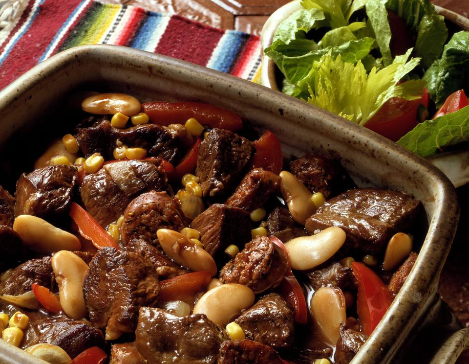 11 easy spanish recipes you can make at home spanish beef stew forumfinder Gallery