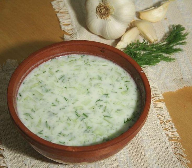 A bowl of tarator sauce