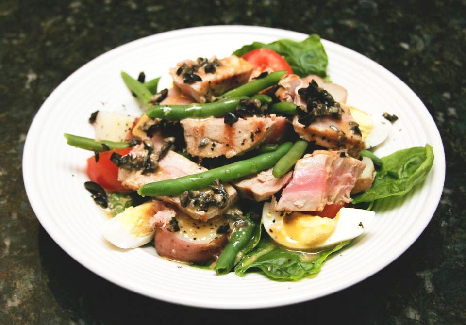 Nicoise Tuna Salad With Dijon Dressing