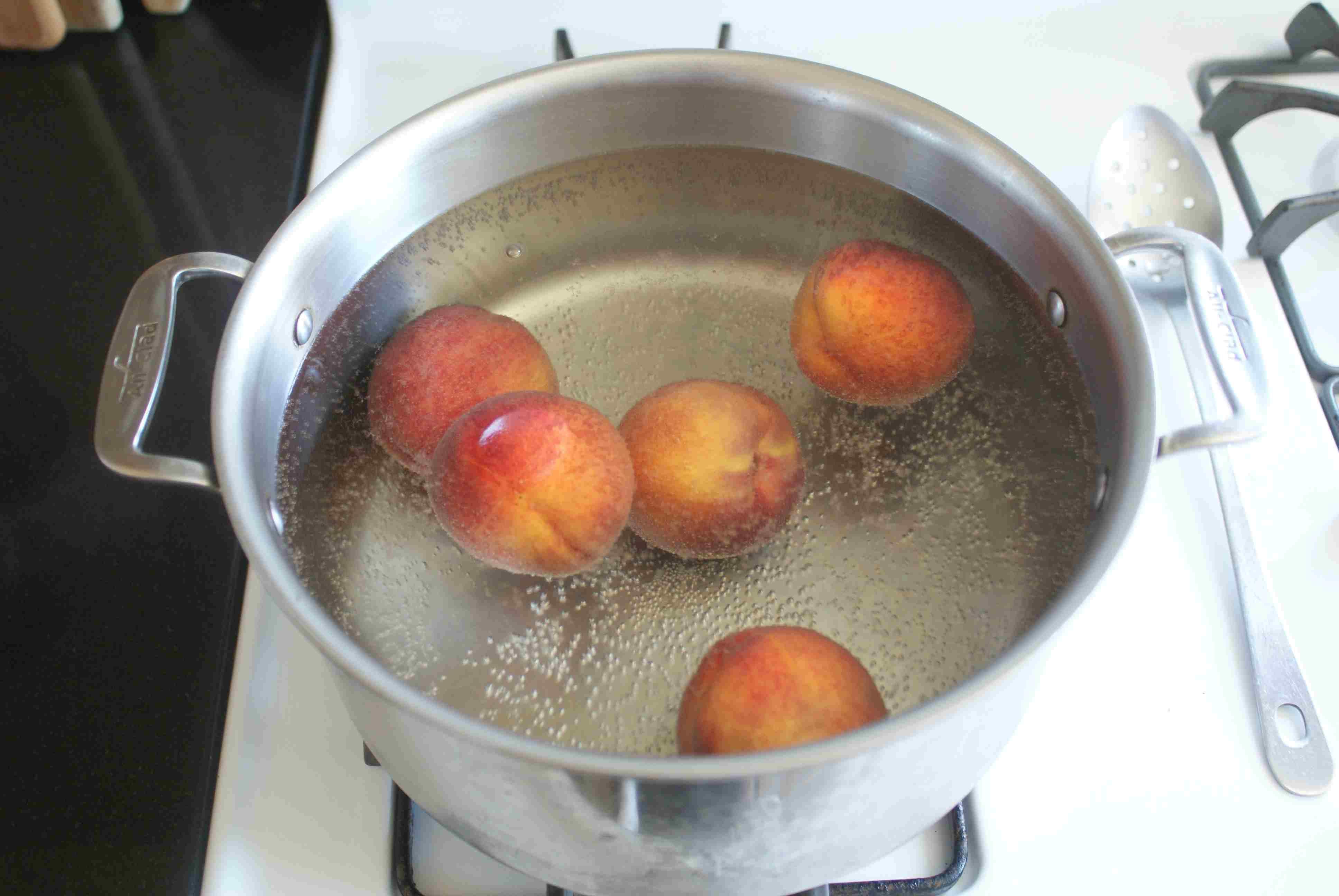 Blanching Peaches