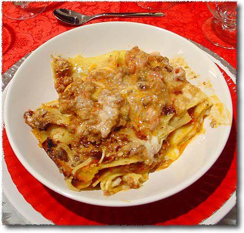 lasagne alla bolognese - Italian Christmas Dinner