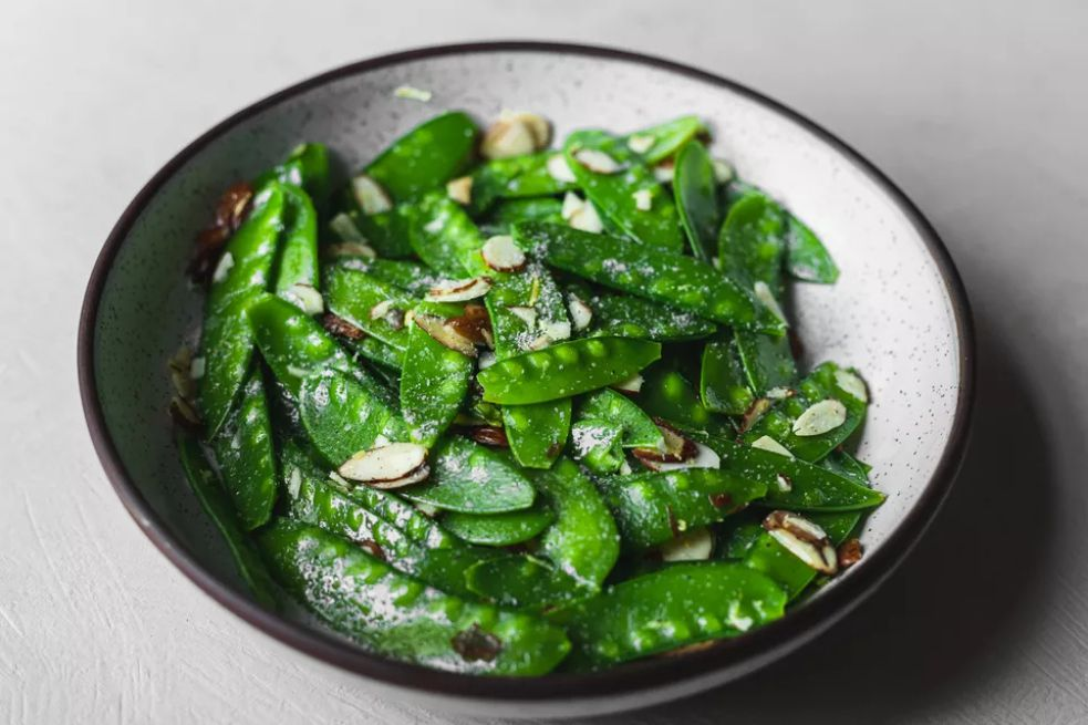 Snow Peas With Butter and Lemon