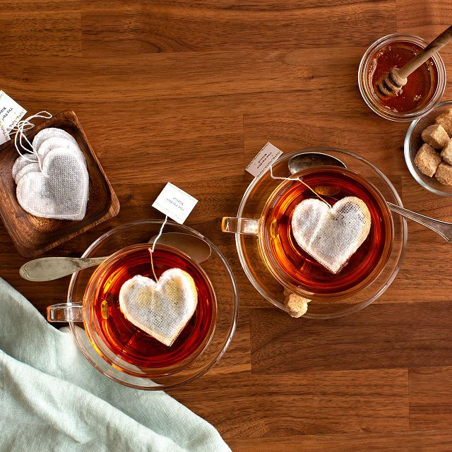 uncommon-goods-heart-shaped-tea-bags