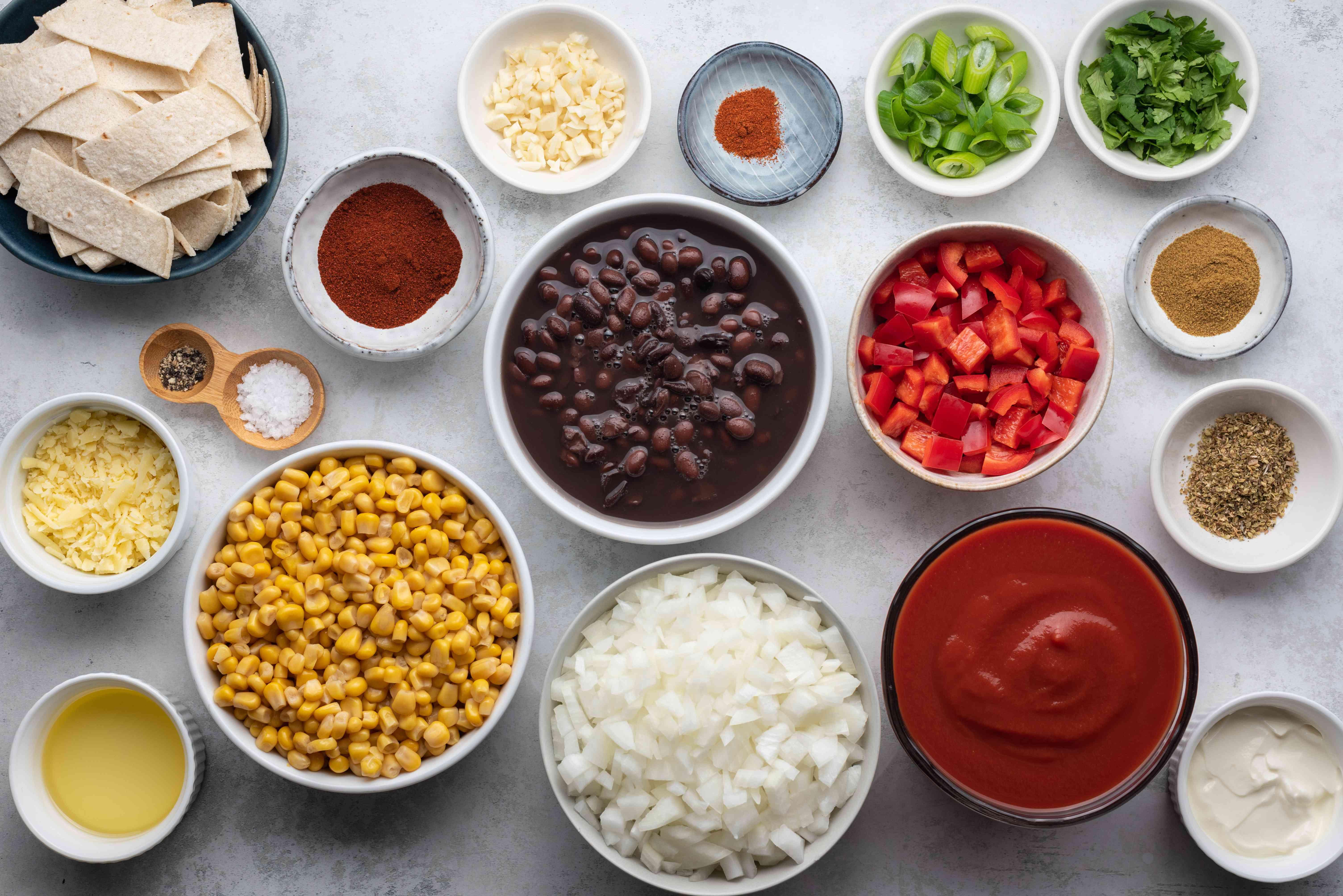 Ingredients to make black bean and corn chili