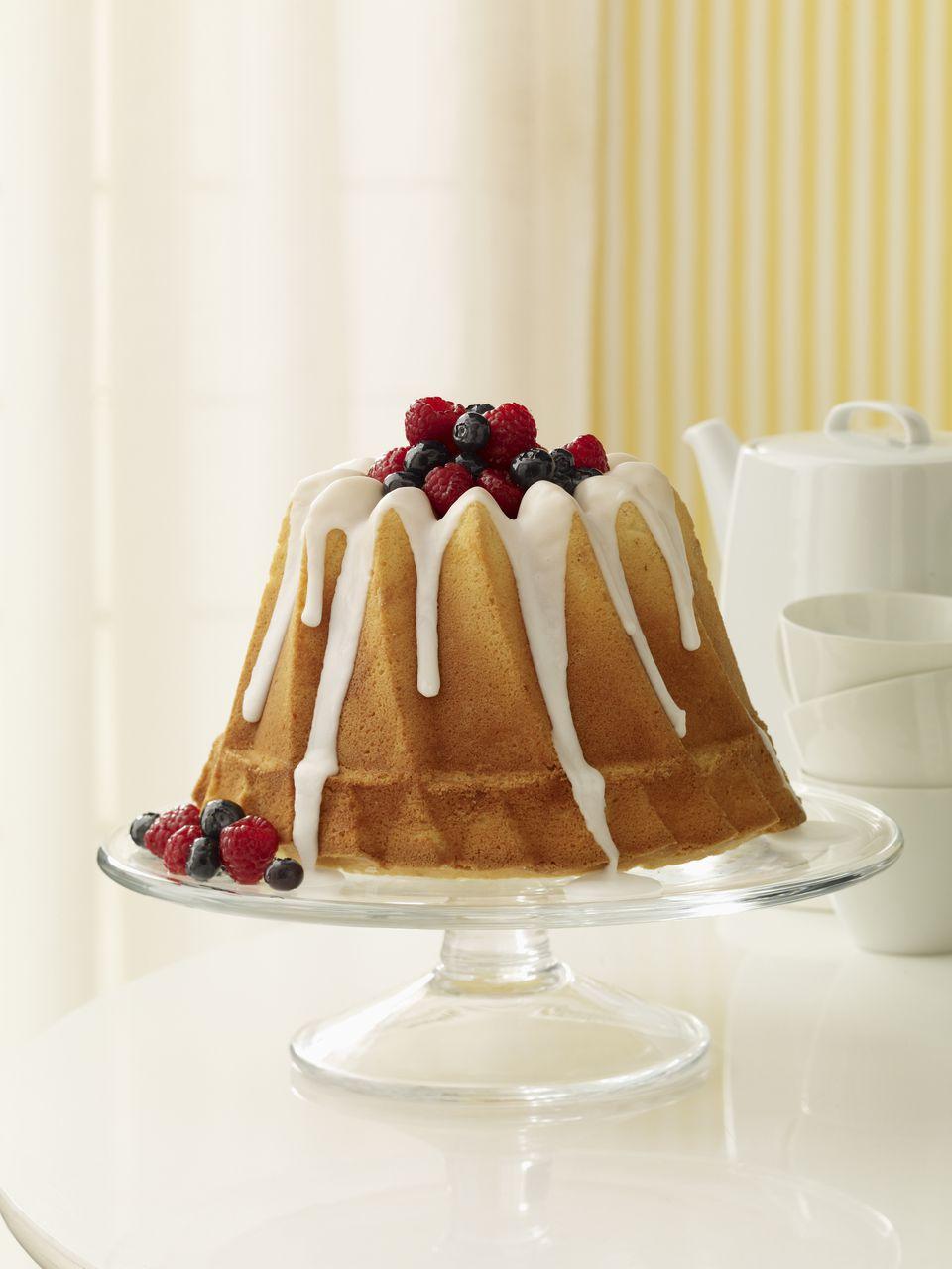 Easy polish lemon blueberry bundt cake recipe forumfinder Image collections
