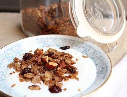 Matzo Granola with Almonds and Raisins