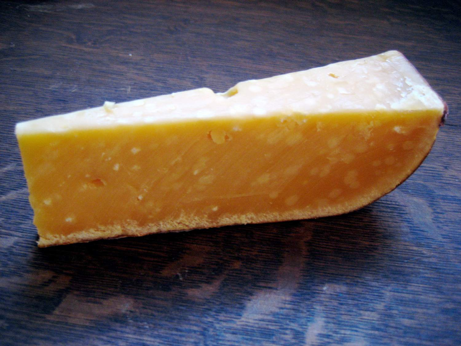 5-year gouda cheese slice