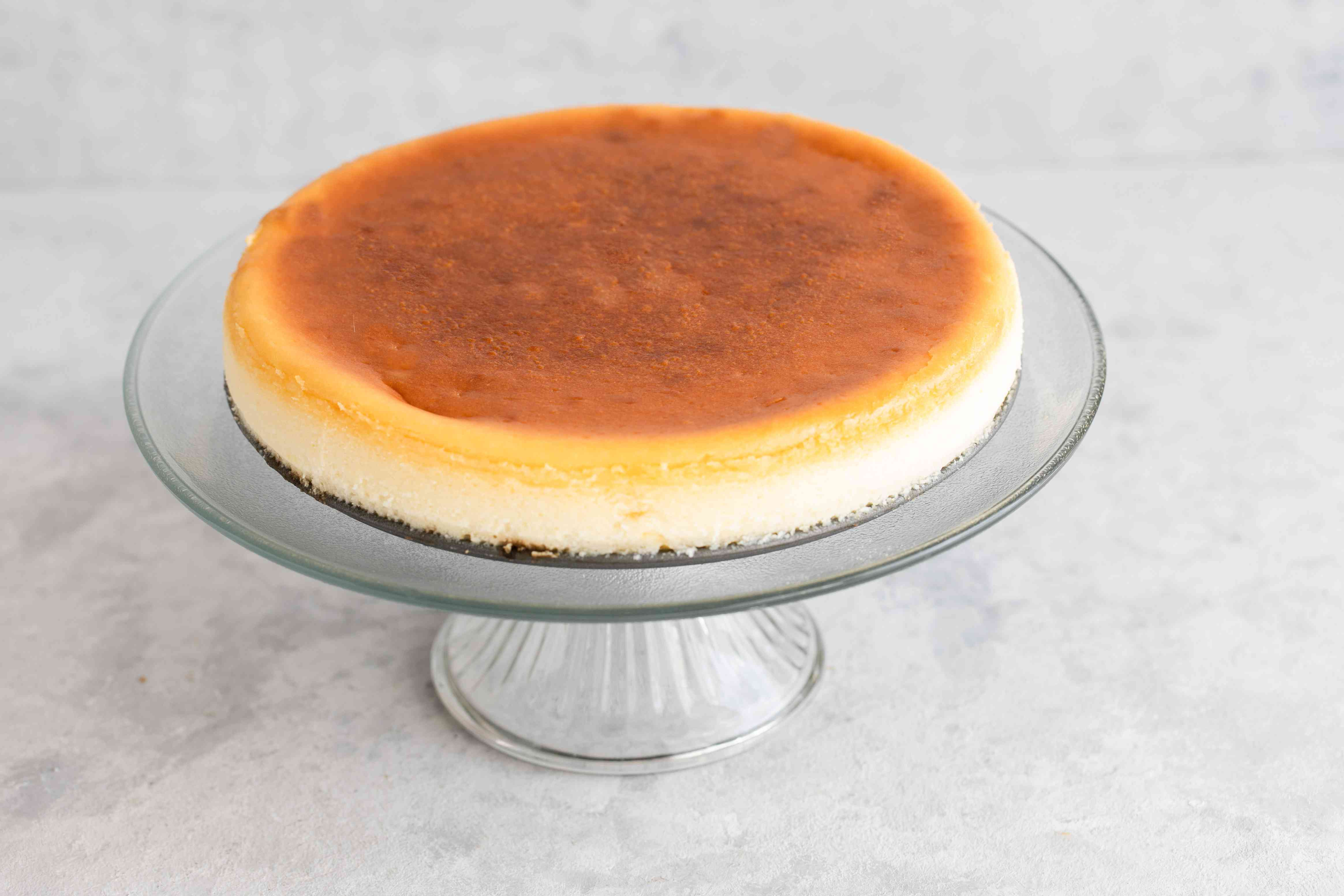 Place on cake stand