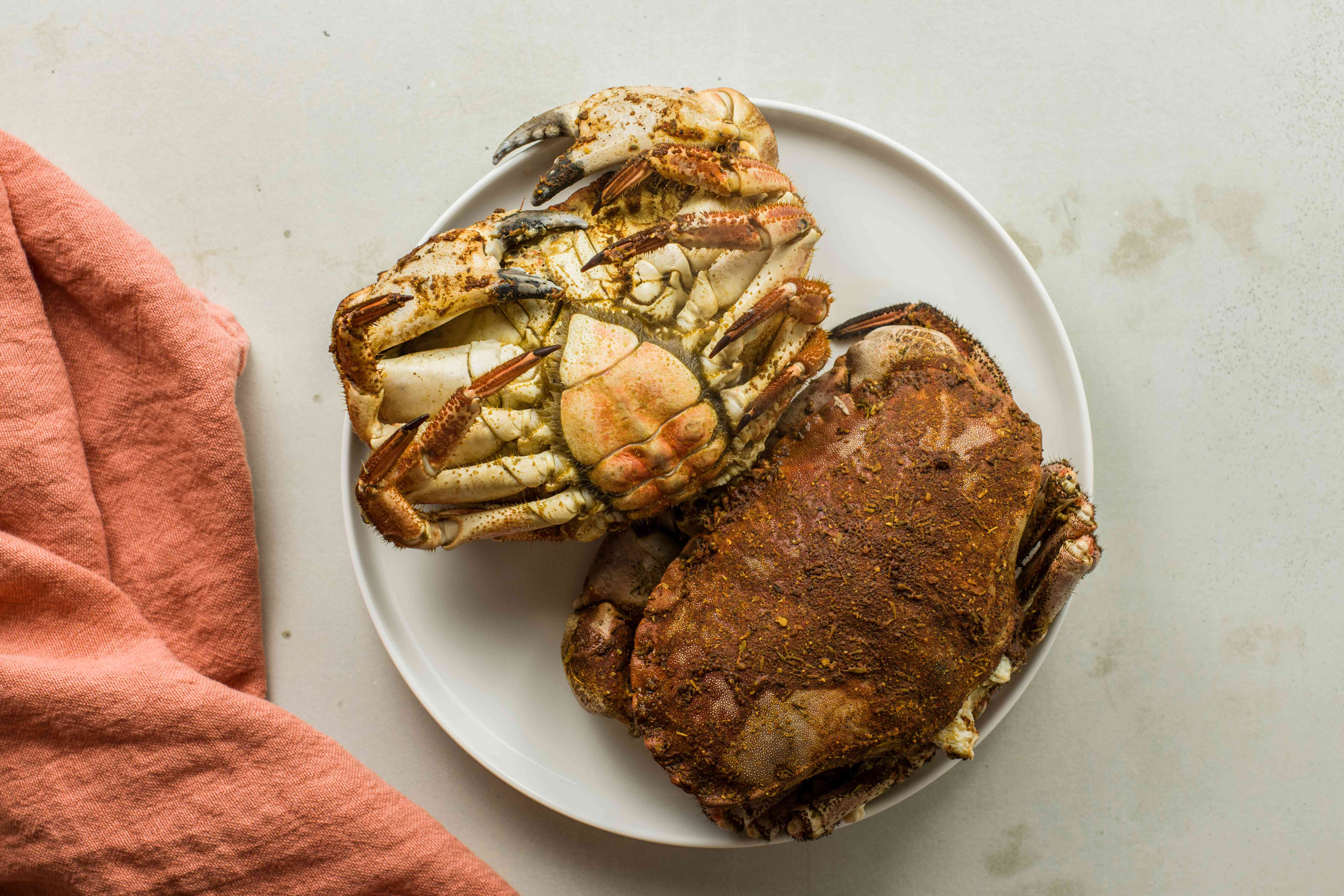 Remove cooked crabs