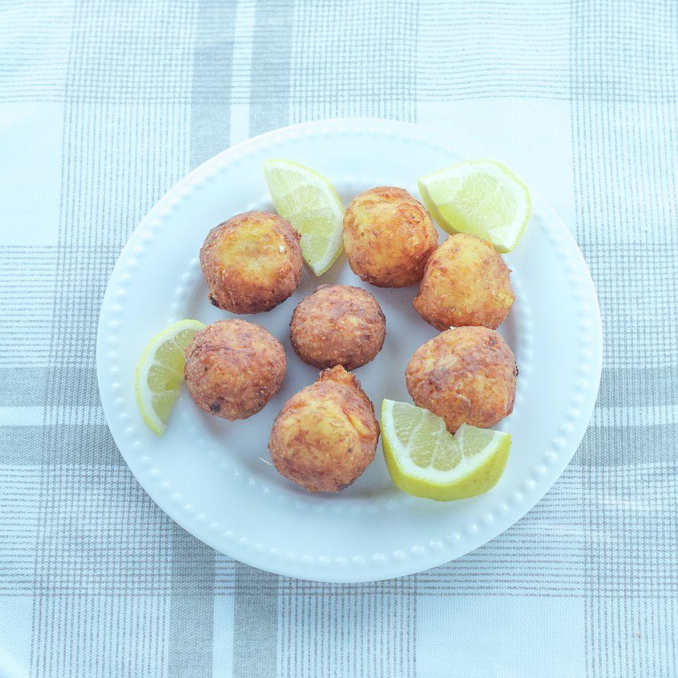 Receta de bolas de queso frito (Tirokroketes)
