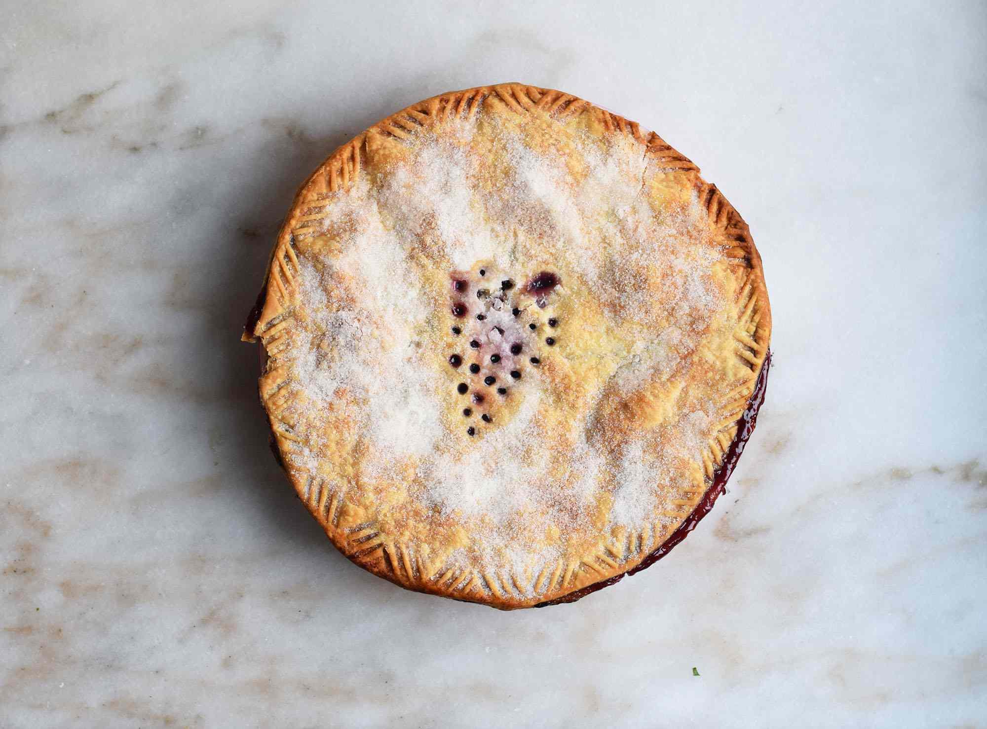baked grape pie