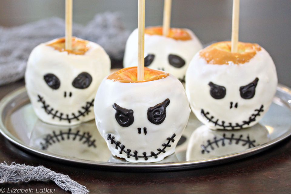 Skull Caramel Apples