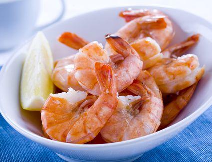 Shrimp in a white dish