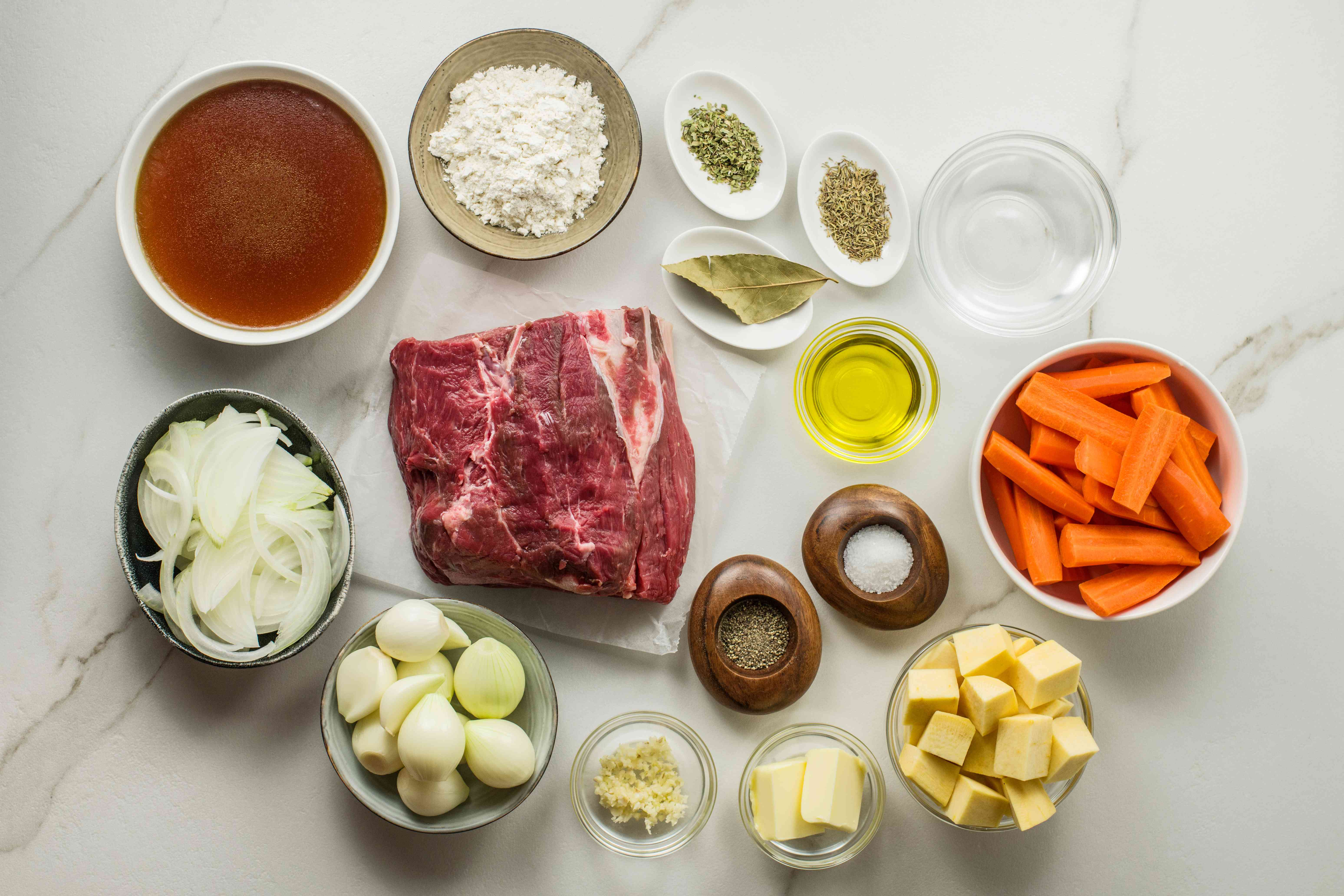Dutch oven pot roast with vegetables