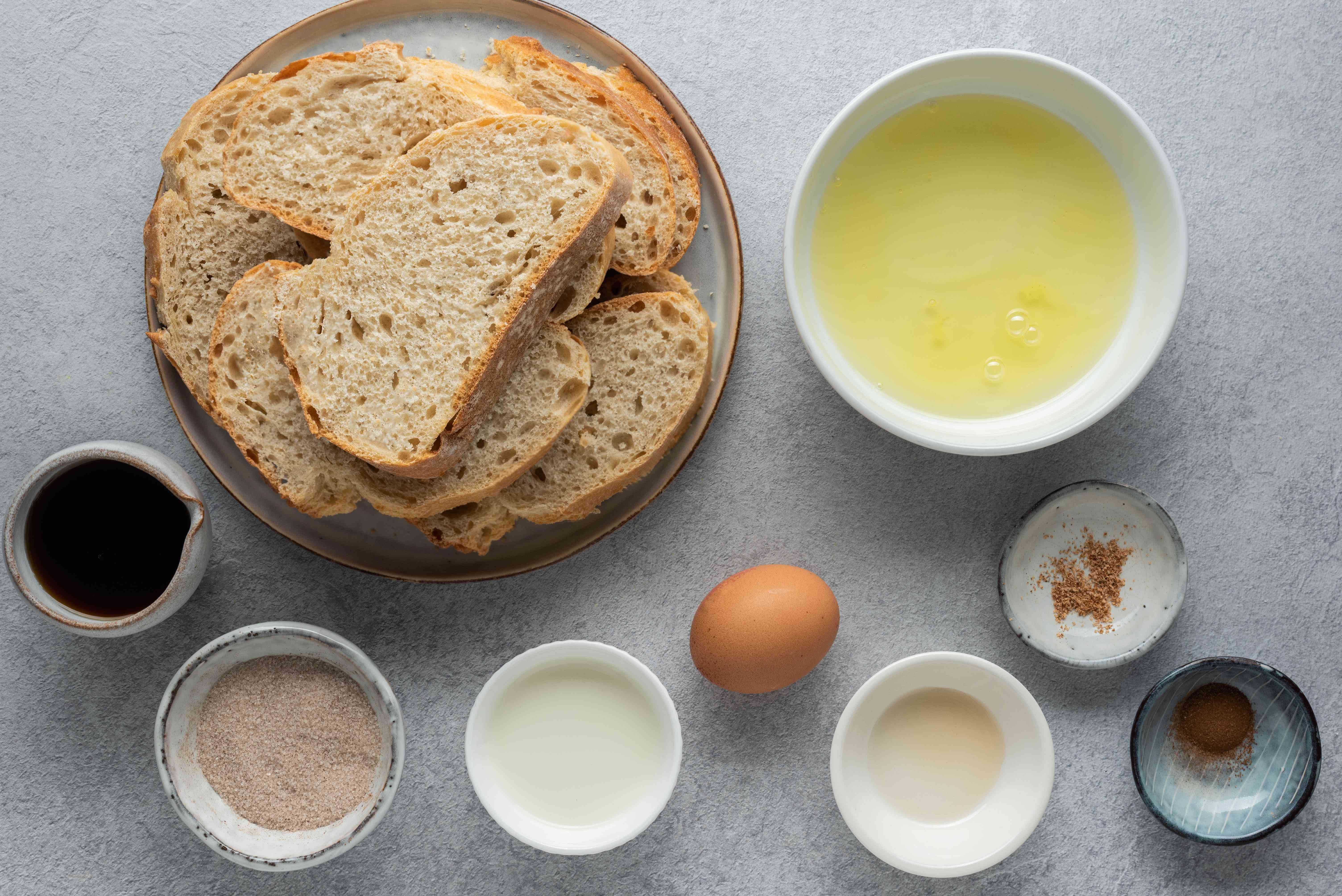 Light and Easy Cinnamon French Toast ingredients