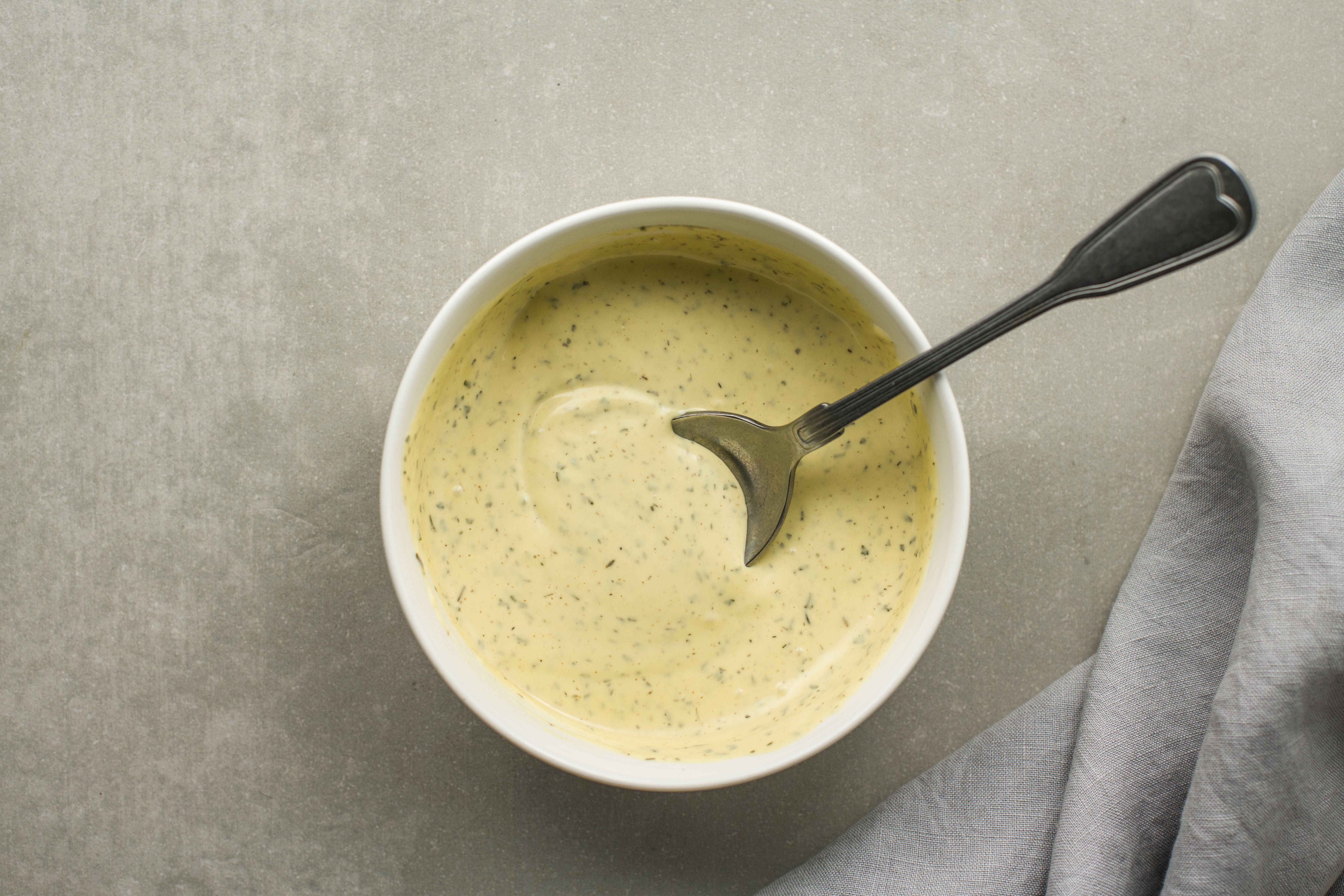 Combine mayo and honey mustard