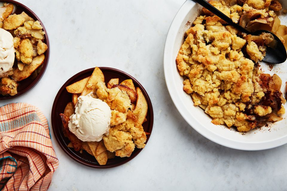 Vegan Apple Cobbler with Cloves and Allspice