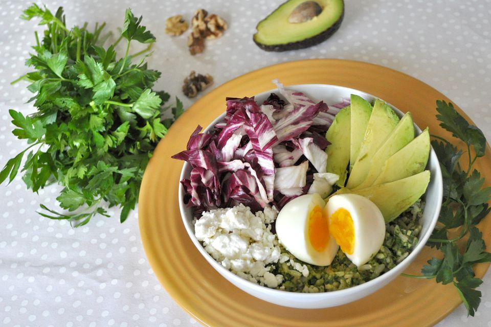 Spinach pesto rice bowl
