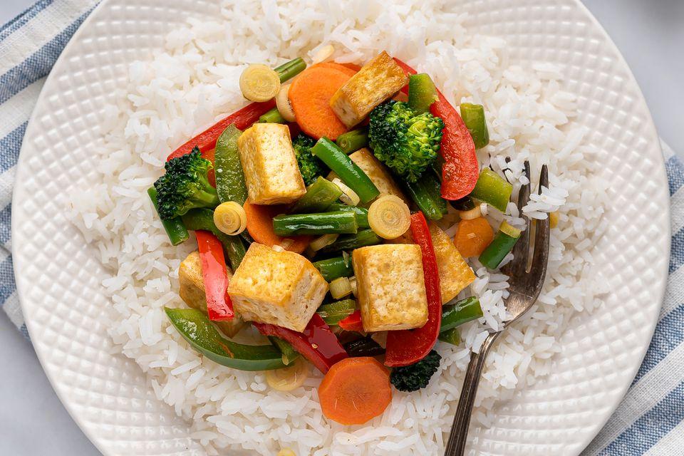 Thai-Style Vegan Stir-Fry With Lemongrass