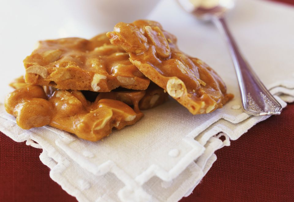 Buttery Cashew Brittle