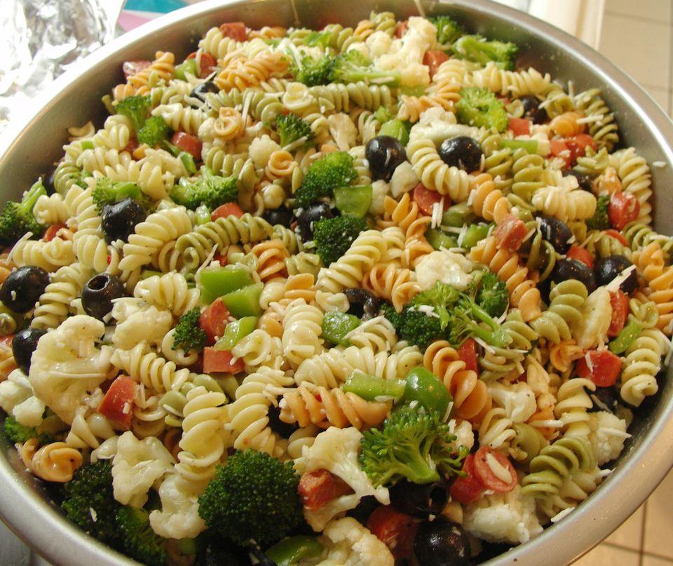 Fat-free Italian pasta salad