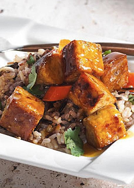 Vegetarian orange-glazed tempeh