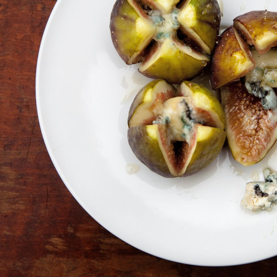 Figs with blue chees