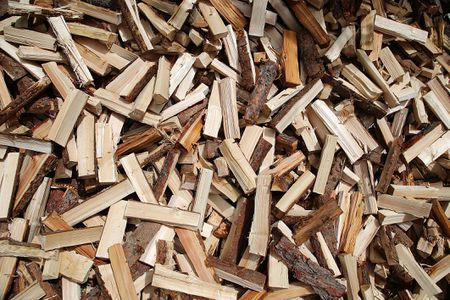 the difference between grilling wood chips and chunks